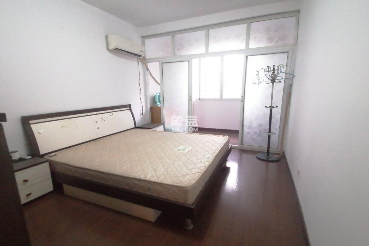 牡丹富贵花园  3室2厅2卫    58.0万