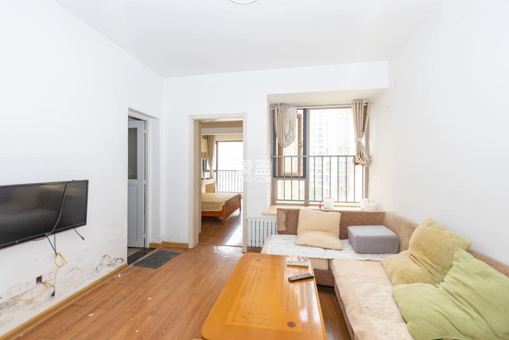 怡海星城 正规一房一厅 带暖气 3万起买房