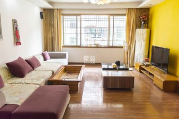 赫山办事处赫山社区云峰小区  3室2厅2卫    59.8万