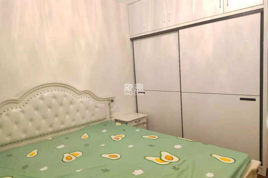恒大绿洲  3室2厅2卫    2700.0元/月