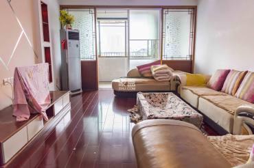 益阳市医药有限责任公司家属楼  3室2厅2卫    72.0万