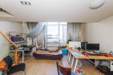 金荣誉峰翡翠花园  1室1厅1卫    46.0万