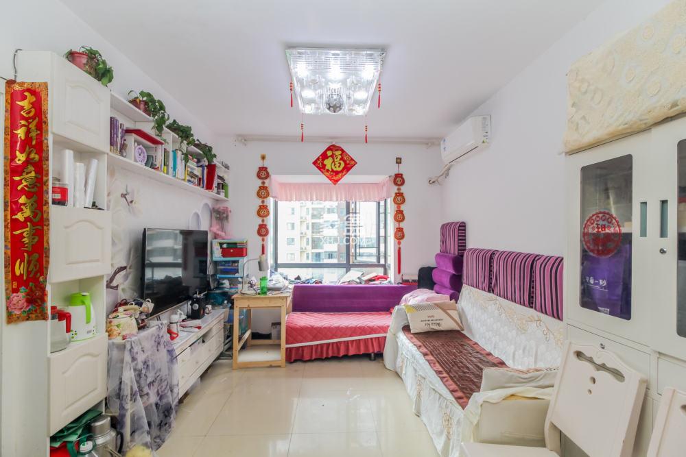 中国铁建国际城  1室1厅1卫    43.8万