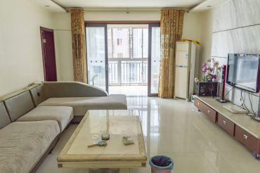 银色现代城  4室2厅2卫    88.0万