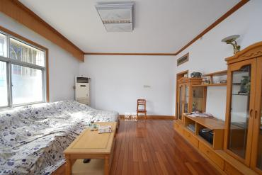 曙光路口建行宿舍  3室2廳2衛    126.0萬