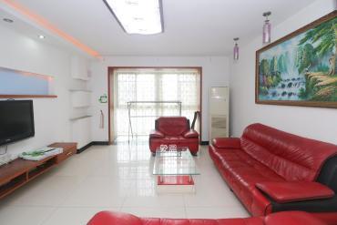 精裝修三房 瑪依拉山莊 3室2廳2衛 地 鐵口6號線跟2號線