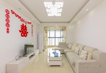 香江錦城  2室2廳1衛    142.0萬