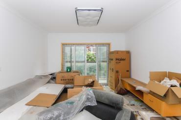 奧克斯締壹城旁邊聯美品格全新精裝修三室出售《從來沒有住過》