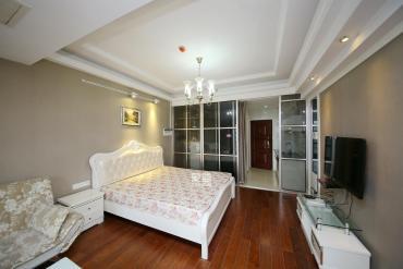 一室一廳月租3200抵月供 五一廣場公寓旁邊壹號公館