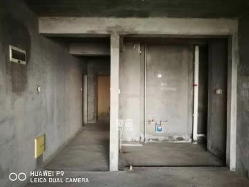 悅湖山  3室2廳2衛    1500.0元/月