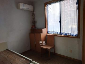 新星小区  4室1厅2卫    2500.0元/月