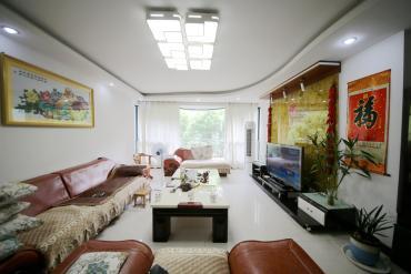 东二环 中江锦城 舒适居家 四房两厅两卫