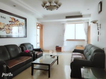 房地产大厦  3室2厅2卫    2500.0元/月