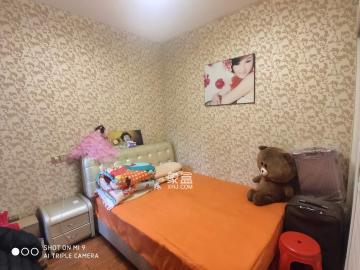 湖湘公园 纳帕溪谷后湾 精装两房 房东自住婚房 诚心出售