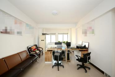 上海城小區  2室2廳1衛    105.0萬