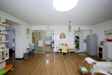 东二环椰林公寓大三房   南北通透户型方正   可看