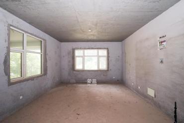 嘉华城(一期)  5室2厅2卫    155.0万