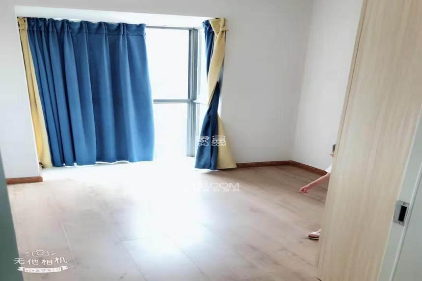 凯邦万象城  3室2厅2卫    2600.0元/月