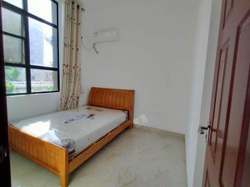 爱尚海蓝  2室1厅1卫    2500.0元/月