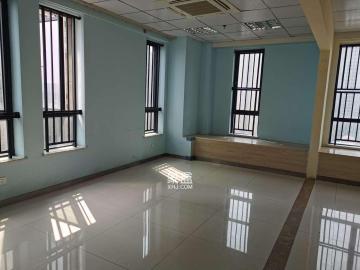 百纳广场(百纳公寓)  1室1厅1卫    5000.0元/月