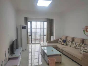 三一精装大两房 价格便宜 随时看房 有意向电联