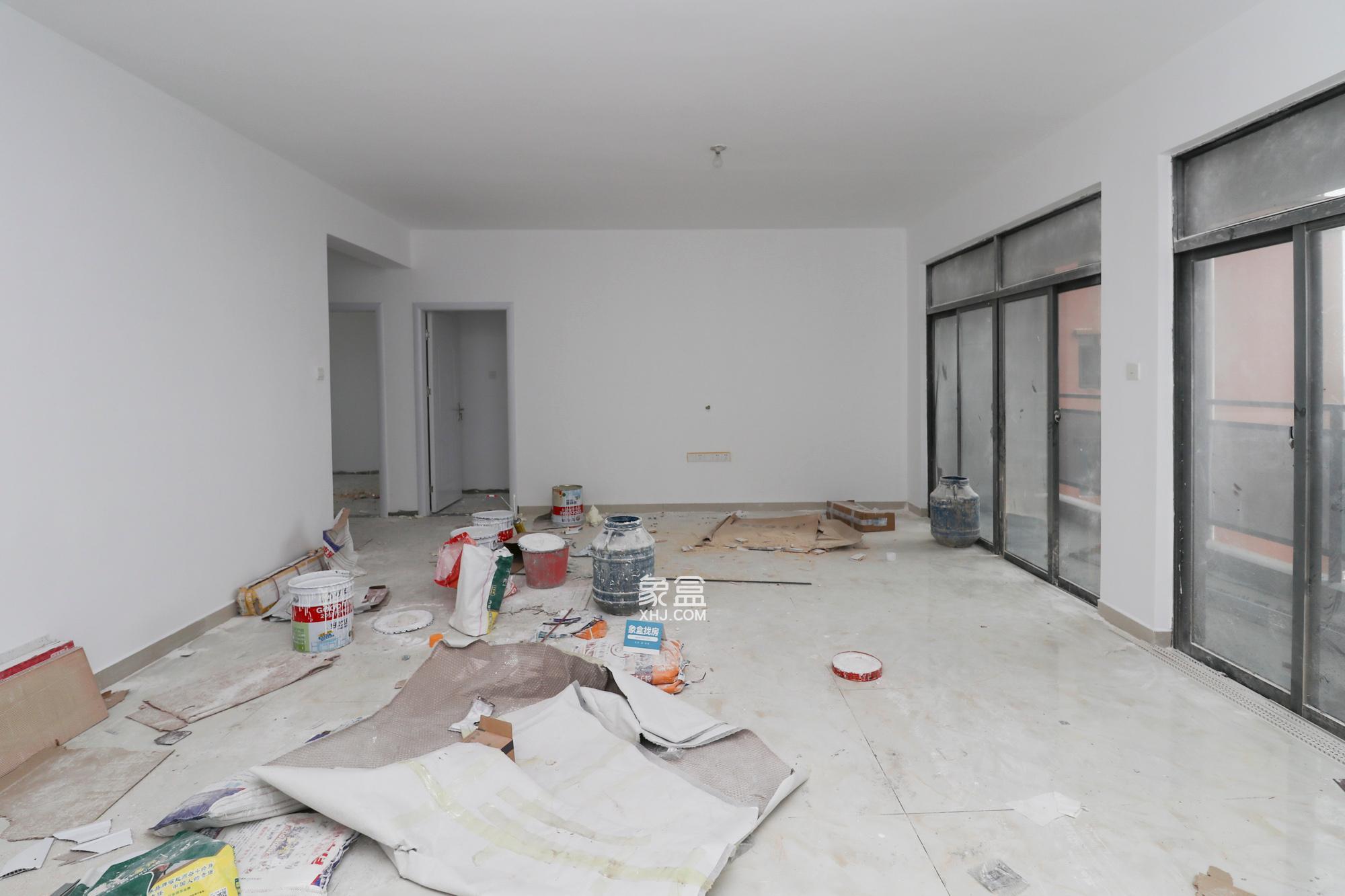 新地东方明珠(珠江东方明珠)  4室2厅2卫    128....
