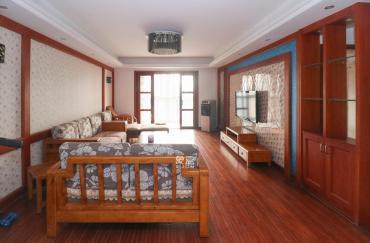 新上房源 近地鐵口 中間樓層 采光好視野開闊 誠心出售
