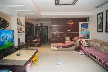 明城公寓  4室2厅2卫    118.0万