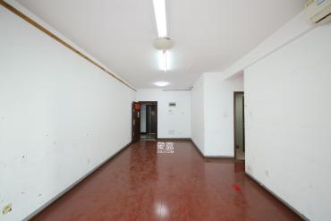 湘域中央  2室2廳1衛    140.0萬