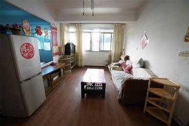 学堂冲一村  2室1厅1卫    30.0万