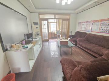 新世纪家园  2室2厅1卫    2400.0元/月