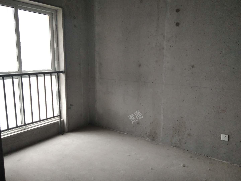 隆源国际城一期  3室2厅1卫    130.0万
