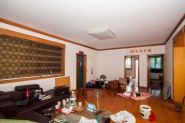 天龙花园  4室2厅1卫    118.2万