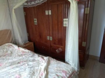 山海苑  3室2厅1卫    200.0万