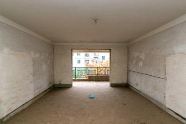 泰禹家园  4室2厅2卫    135.0万
