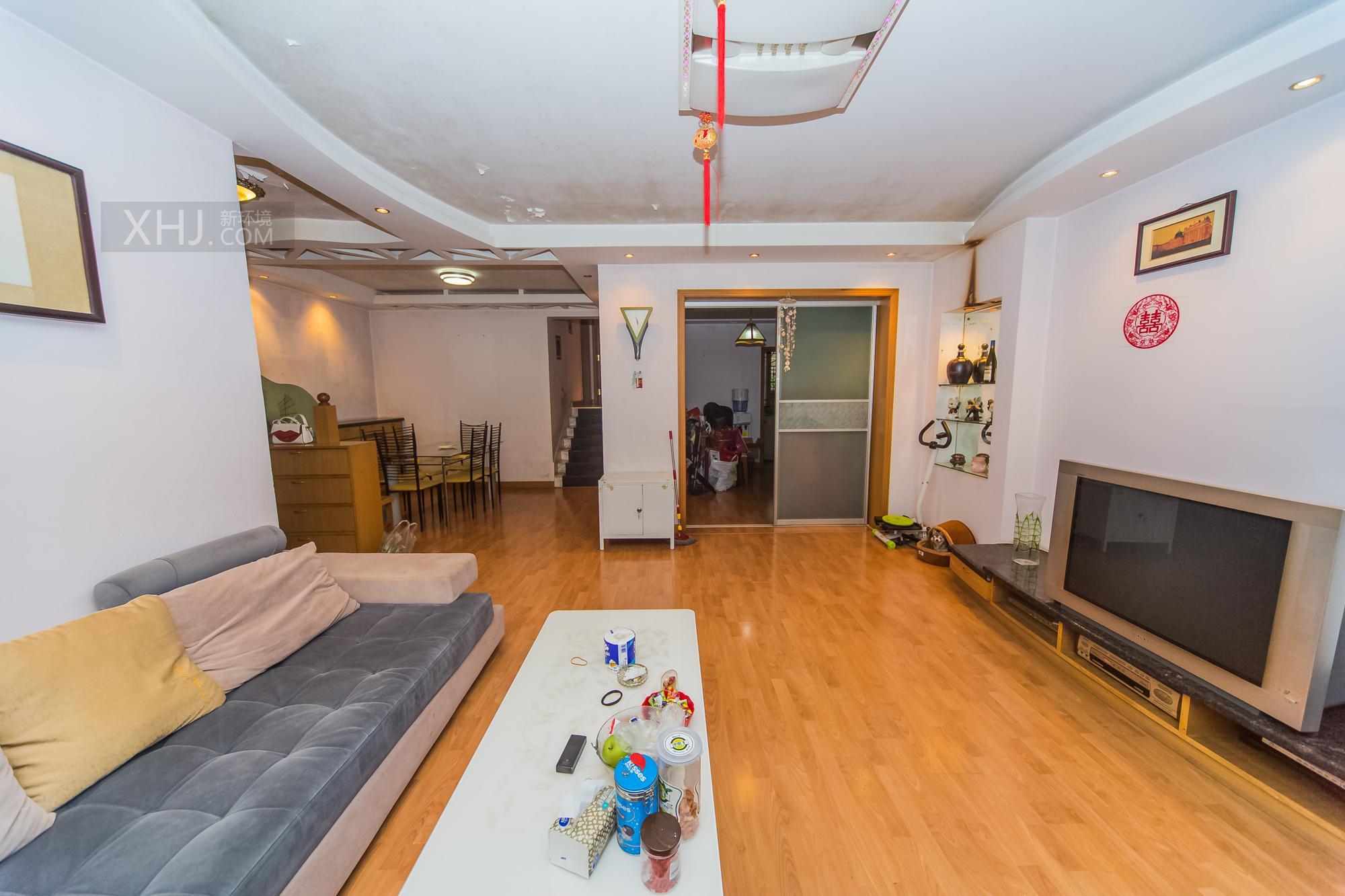 广济苑公寓  3室2厅2卫    144.0万