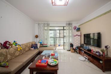 香樟雅郡  3室2厅2卫    150.0万