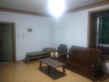 咸嘉新村  2室2厅1卫    1600.0元/月