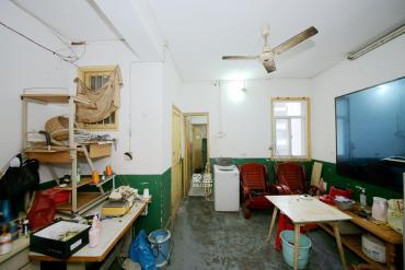 燕山街社区(燕山街散盘)  2室2厅1卫    65.0万