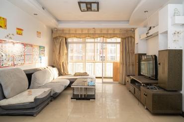 星沙開元路山水人家洋房精裝三房中間樓層誠心出售送二車位