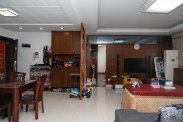 星沙特立路 位置安靜 性價比高 125平居家裝修大三房