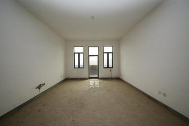 中隆国际御玺  4室2厅3卫    345.0万