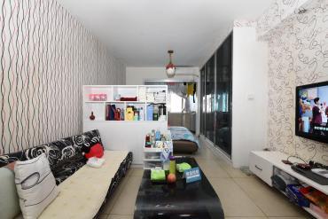 華府壹航線地鐵三號線精裝一房 采光好 拎包入住 出租自住都可