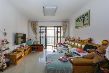 江山帝景  3室2厅2卫    105.0万