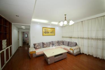 西街花园  3室2厅2卫    185.0万