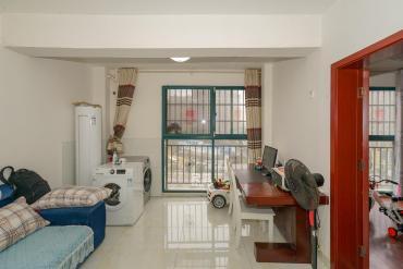克拉美丽山庄(晟领国际)  2室2厅1卫    82.5万