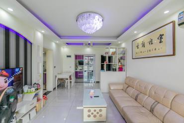 泊林晶城  2室2廳2衛    83.5萬