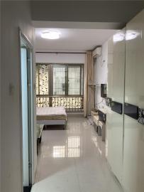 华林广场  1室0厅1卫    63.0万