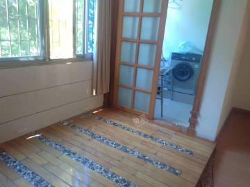 恒华花园  3室2厅2卫    2200.0元/月