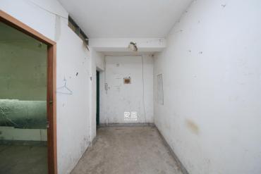 鴻運花苑  3室2廳1衛    120.8萬